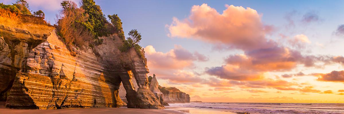 Sunset at Tongaporutu beach, northern Taranaki